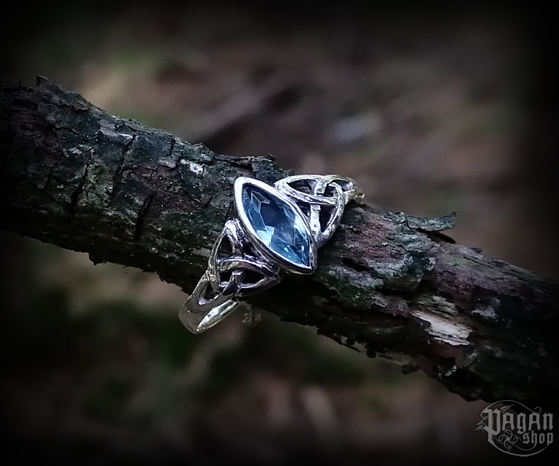 Ring Rigani with light blue crystal - 925 sterling silver