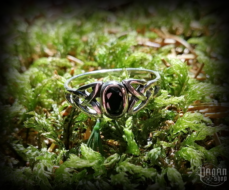 Ring Mythia with black crystal - 925 sterling silver