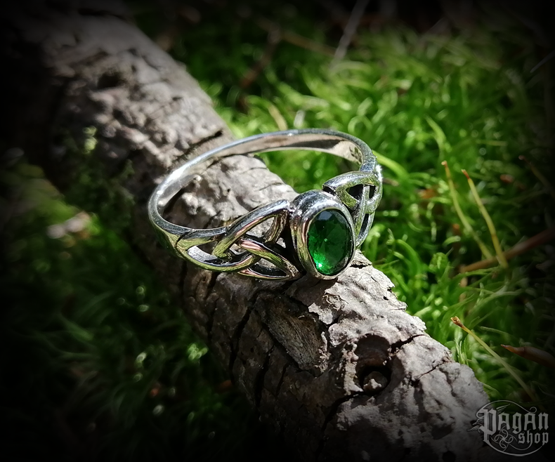 Ring Mythia with green crystal - 925 sterling silver