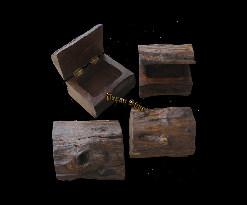 Chest from a tree trunk