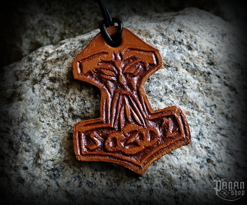 Pendant Thor's hammer Thorily - leather