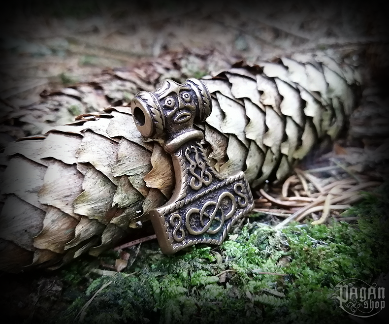 Pendant Thor's hammer Donar - bronze