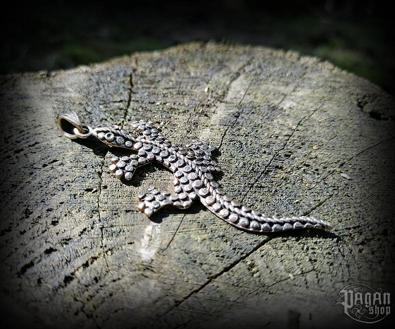 Pendant Lizard Lilly - bronze