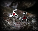 Stud earrings with red crystal Triskel Anwyn - 925 sterling silver
