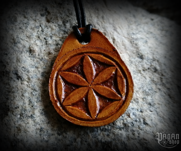 Pendant Svarga Radisa - leather